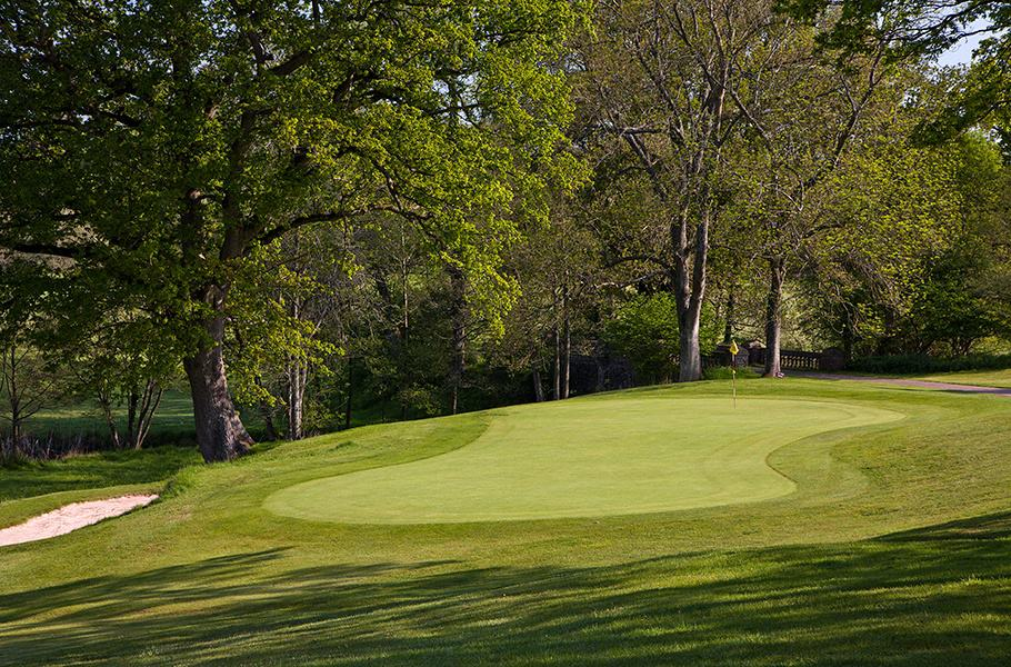 Rolls of Monmouth Hole 8