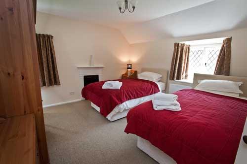 bedroom1-500